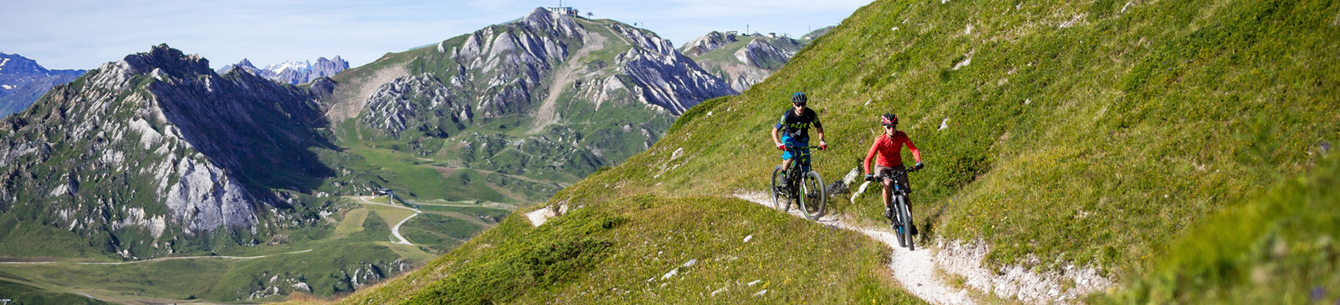 Moutain bike rental Intersport La Plagne Bellecote